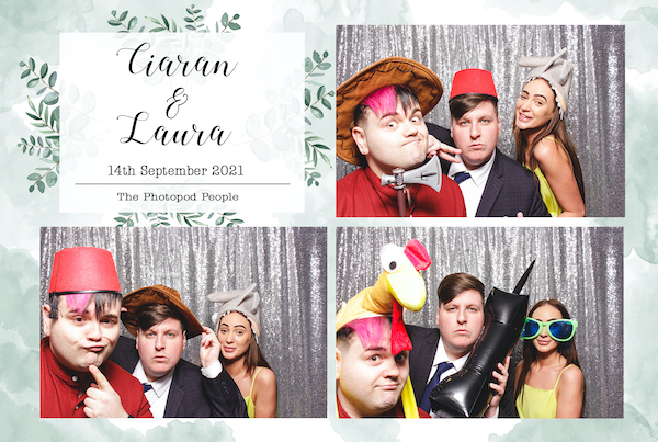 photo booth temp flowers